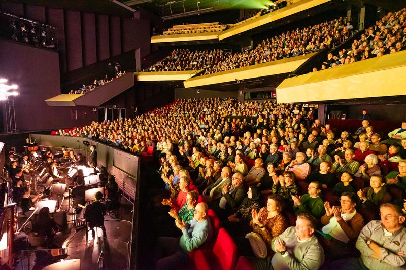 神韻荷蘭佈雷達三場全爆滿 觀眾感到在昇華