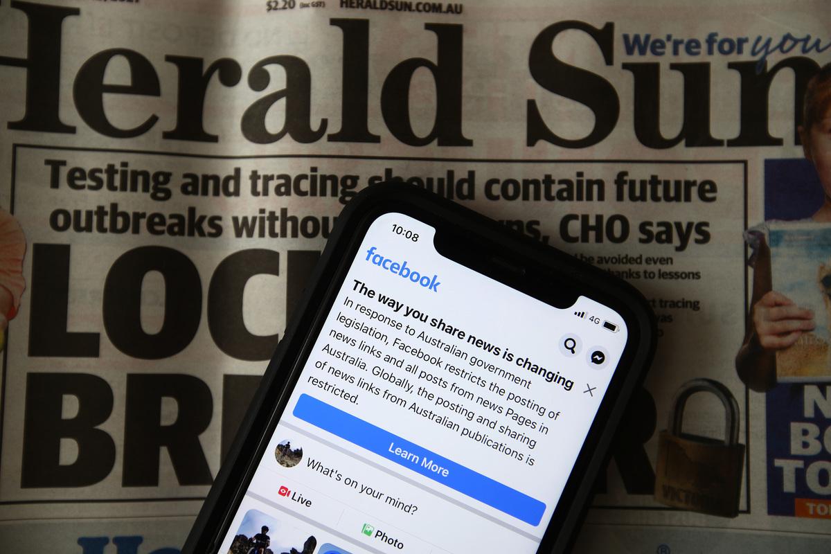 澳洲財長表示:「面書已經告知政府,他們打算在未來幾天內給澳洲新聞網頁解封。」(Robert Cianflone/Getty Images)