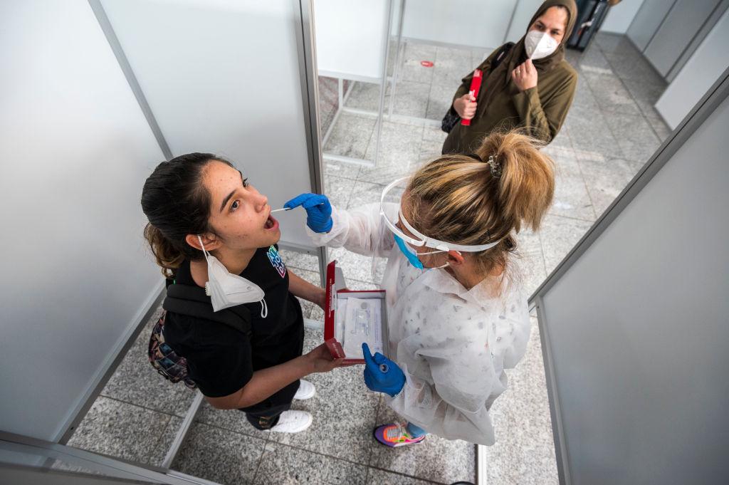8月22日,德國單日新增感染者達2,034人,是四個月來的最高值。(Thomas Lohnes/Getty Images)