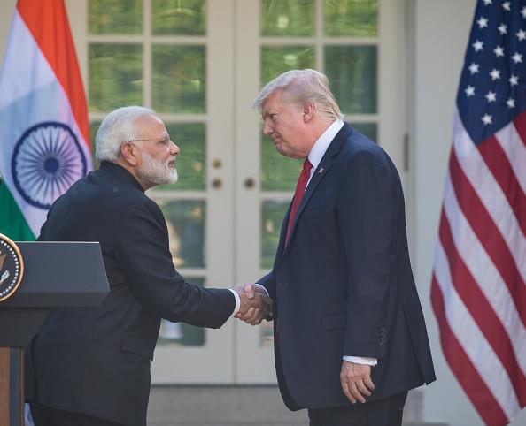 美國總統特朗普宣佈,將取消對印度和土耳其的貿易最惠國待遇。圖為特朗普與印度總理納倫德拉·莫迪( Narendra Modi)2017年6月在白宮玫瑰園舉行新聞發佈會。(Cheriss May/Getty Images)