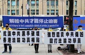 滿地可法輪功譴責中共襲擊香港真相點
