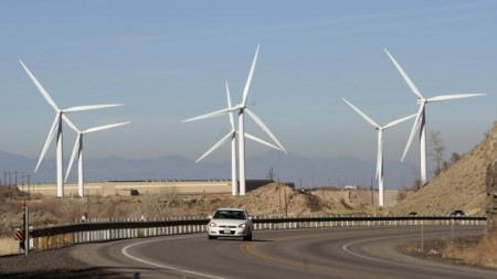 中共官方運用行政手段干預風電等可再生能源產業的發展,於是大陸風電企業計劃在未來大力拓展美國風力發電市場。(George Frey/Getty Images)