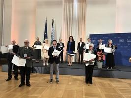 致力維護人權 前世維副主席在德國巴州獲獎