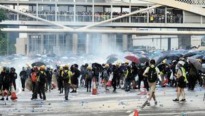 袁斌:香港事態三個前景 就看當政者怎麼選擇