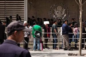 中國留學生被拒簽欲起訴美政府 律師:不會勝訴