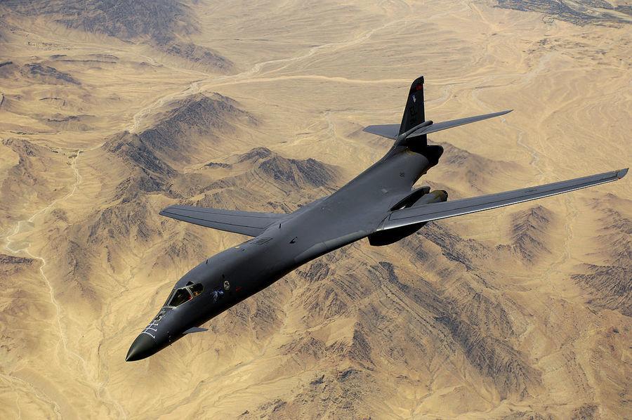 美B-1B轟炸機出動 中共少將為武統台灣降溫