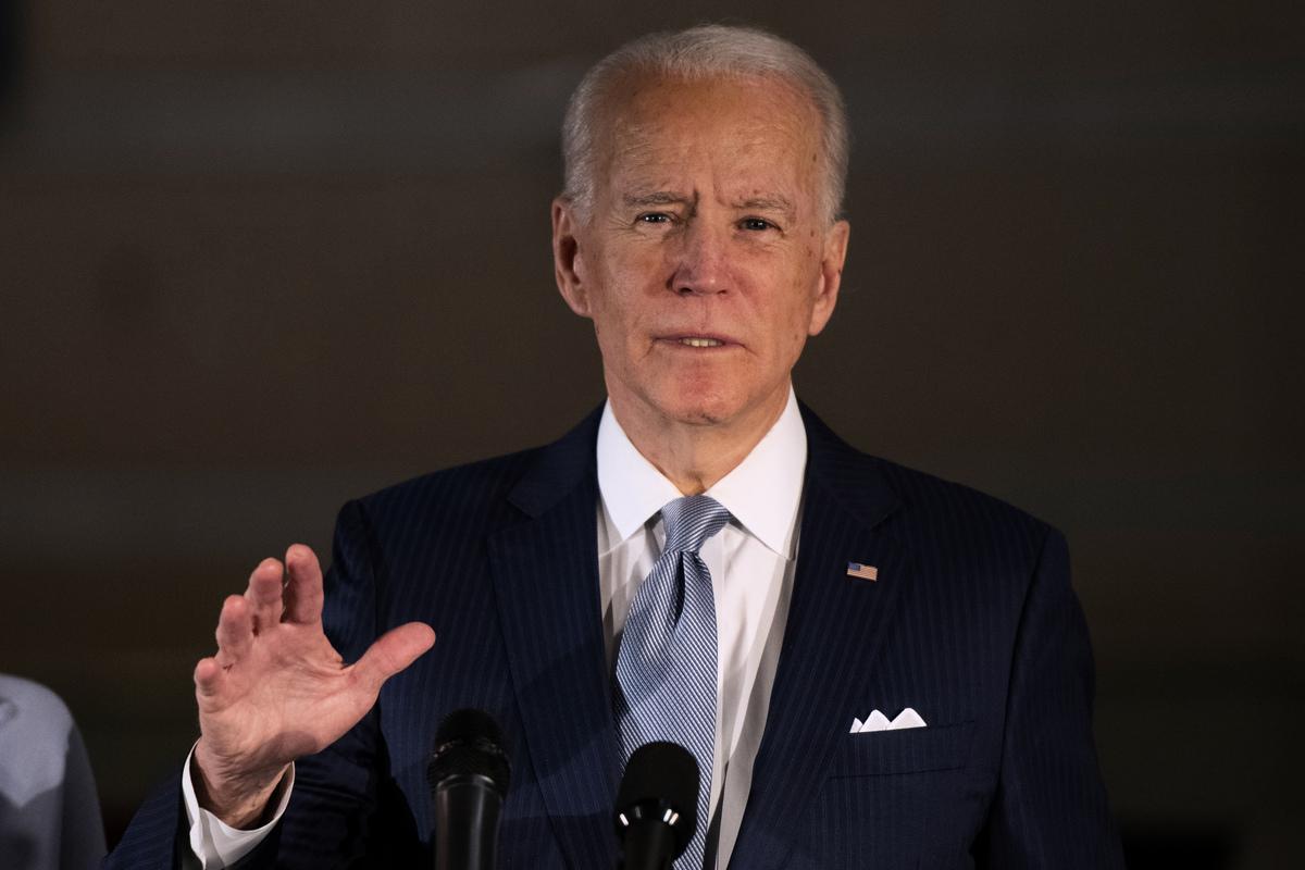 民主黨總統候選人祖拜登(Joe Biden)稱,他沒看到證據顯示針對美國的大規模網絡攻擊已得到控制。(Mark Makela/Getty Images)