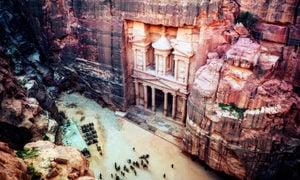 七大奇觀之一:雕刻在紅砂岩峭壁上的約旦古城(多圖)