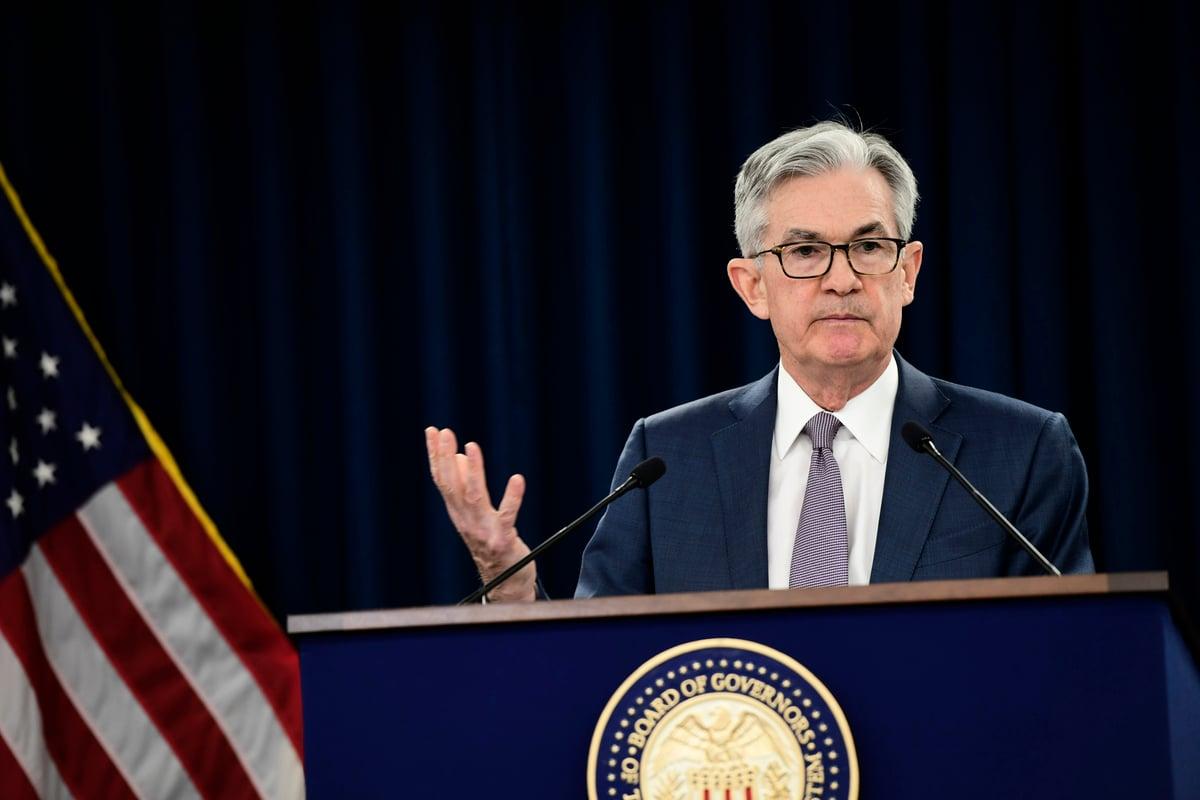 美聯儲在2021年3月的例會後宣佈維持利率和購債幅度不變,並重申2023年以前不加息的立場。圖為聯準會主席鮑爾。(Mark Makela/Getty Images)