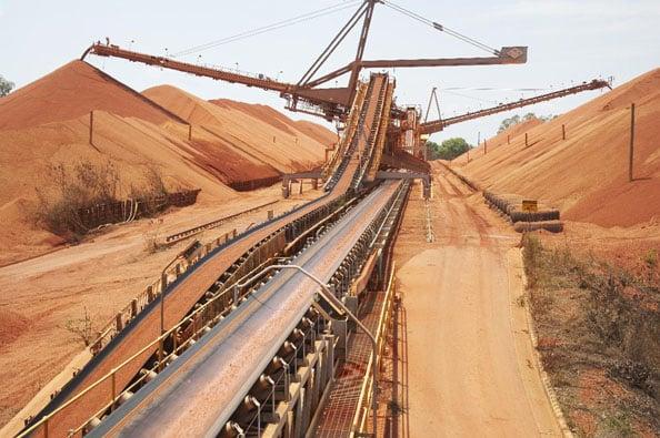 隨著中澳兩國緊張局勢升級以及澳洲政府對外國投資者在國家敏感行業購買資產實施更嚴格的限制,中國2020年在澳洲的投資僅為10億澳元,創下六年來新低。圖為澳洲礦業巨頭力拓公司一處礦場。(法新社)