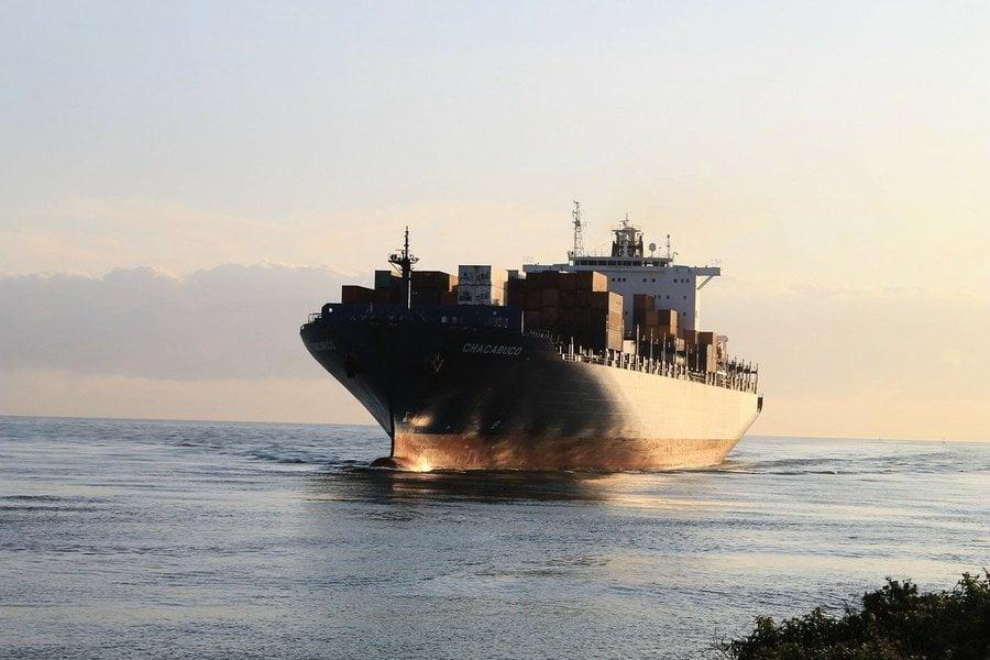 蘇伊士運河塞船 埃及首位女船長也遭牽連
