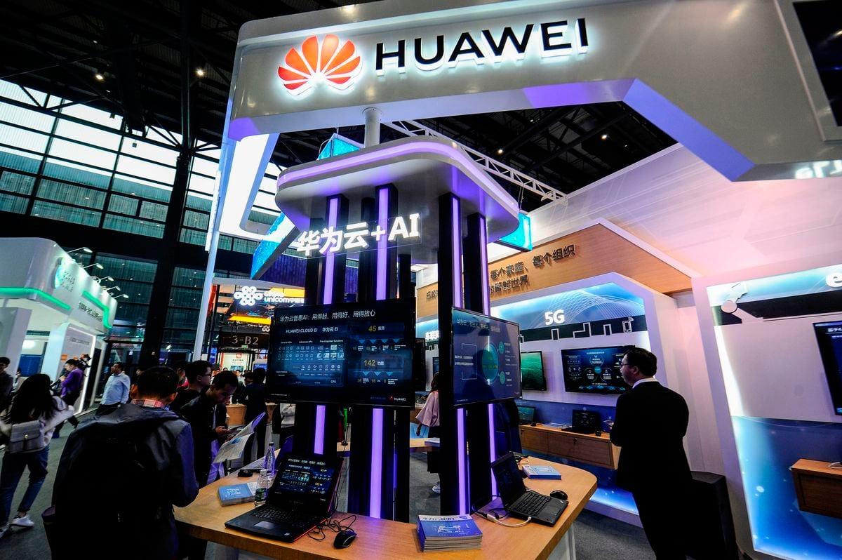 中國電信巨頭華為再現醜聞,波蘭當局1月11日抓捕了華為公司的一名中國籍銷售主管王偉晶。(STR/AFP/Getty Images)
