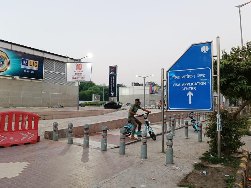 印度執政黨發言人挺台 中共外館前放雙十海報