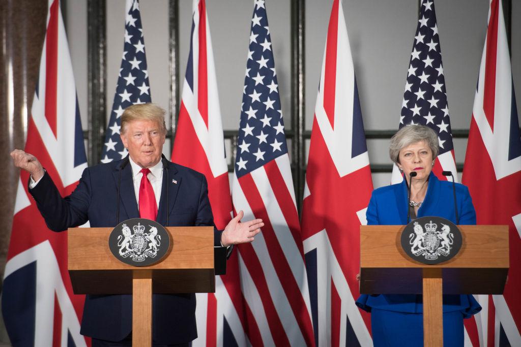6月4日下午2點,訪英的美國總統特朗普與英國首相文翠珊在倫敦召開聯合新聞發佈會。(Stefan Rousseau – WPA Pool/Getty Images)