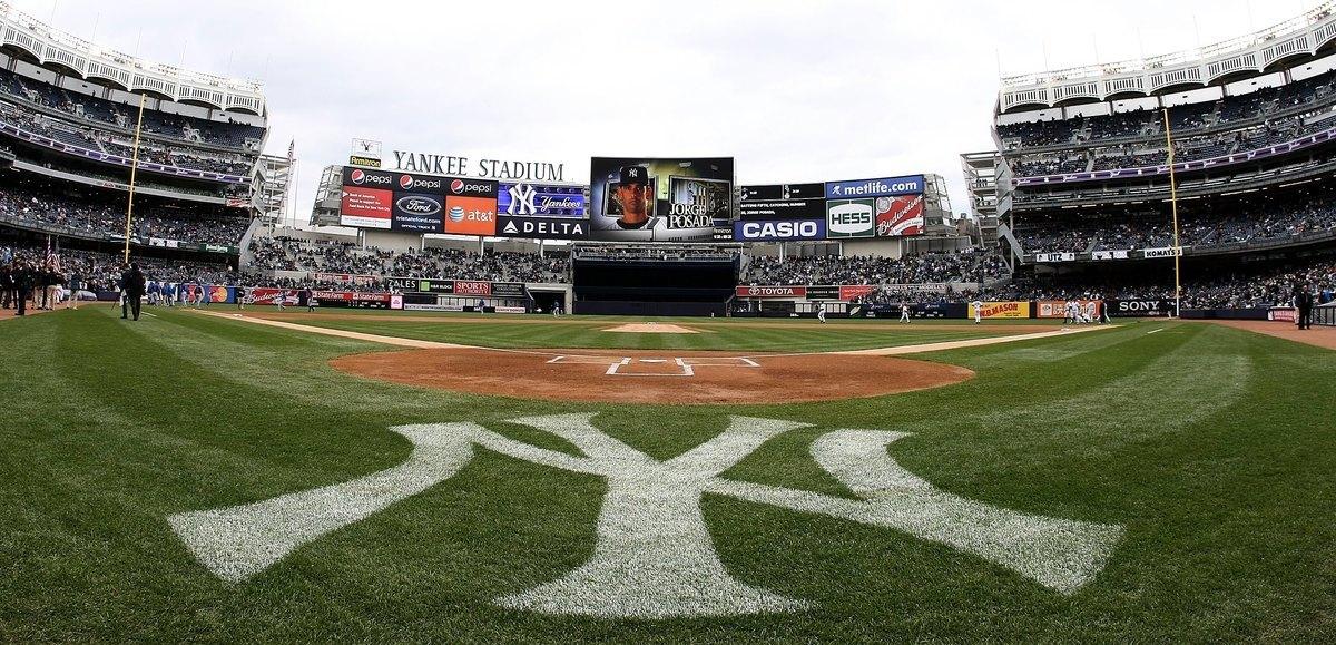 紐約Yankees球場。圖片攝於2009年4月4日,紐約Yankees在主場迎戰芝加哥小熊隊。(Nick Laham/Getty Images)