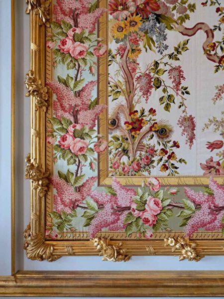 王后套房的掛毯細部。(Thomas Garnier/Chateau de Versailles,凡爾賽宮提供)