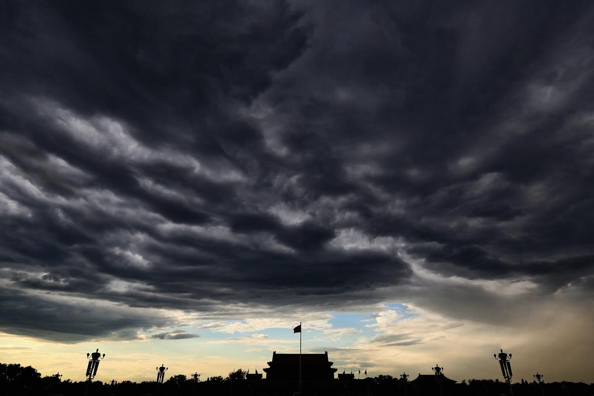 圖為2013年7月4日北京天安門廣場。(Photo by Feng Li:Getty Images)