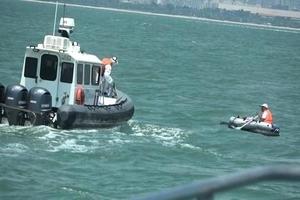 中國男子划橡皮艇偷渡台灣金門