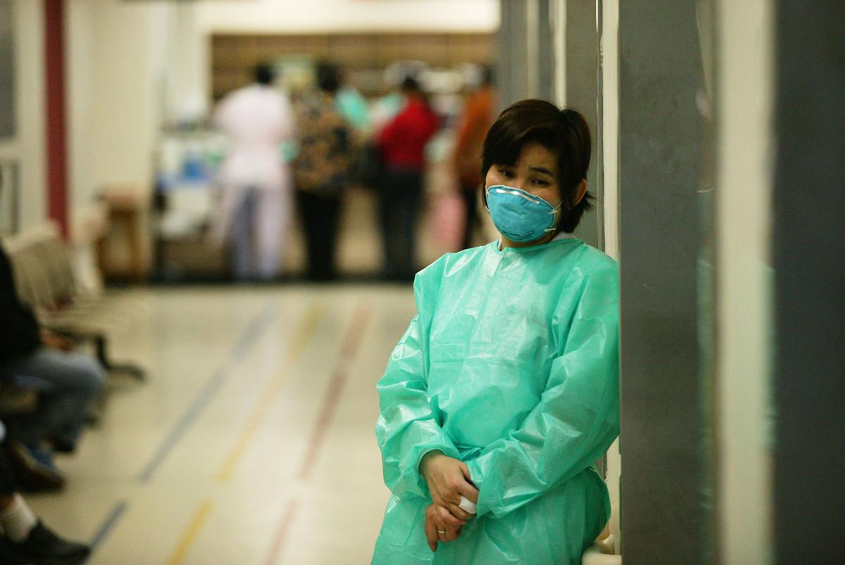 一種病毒性神秘肺炎首先在湖北武漢發現,武漢人口超過1100萬,目前已發展到至少59例病例。引發多國警惕。示意圖。(Photo by Christian Keenan/Getty Images)