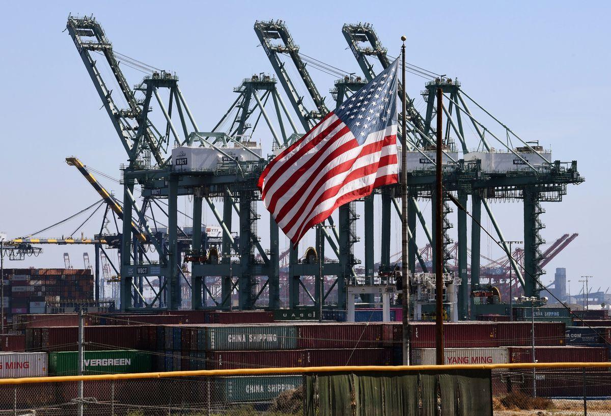 知情人士透露,傳明年1月7日當周,美國特朗普政府將派代表團前往北京,與中國官員舉行貿易談判。(MARK RALSTON/AFP/Getty Images)