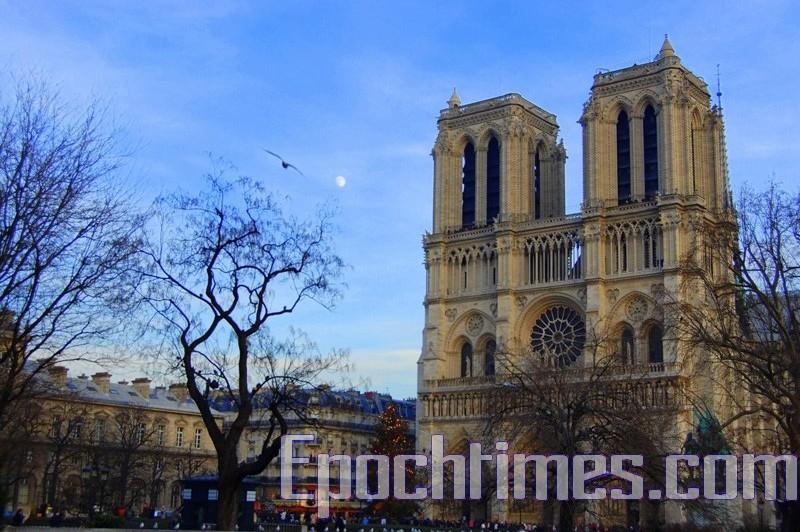 組圖:巴黎聖母院瑰寶 哪些倖存下來