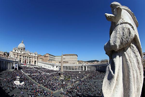 圖為梵蒂岡聖彼得廣場全景圖。(Franco Origlia/Getty Images)
