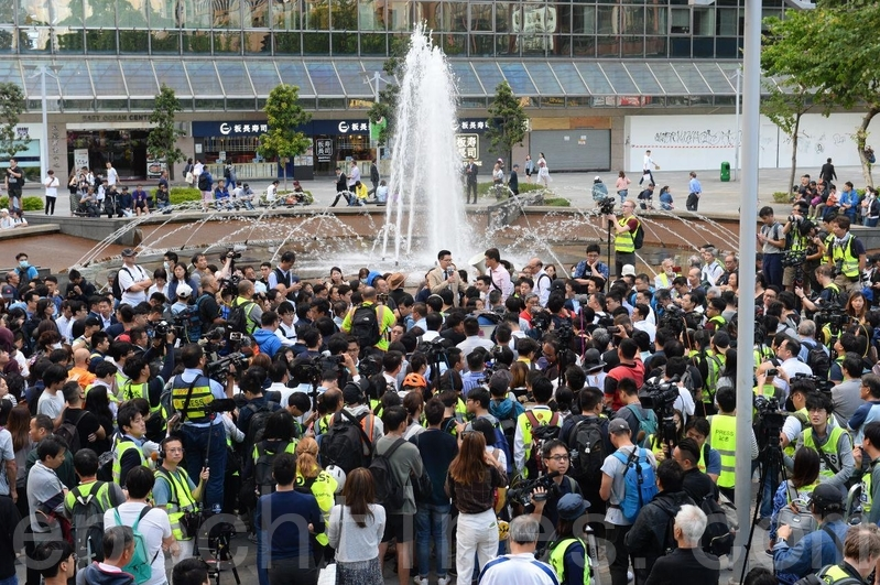 台民進黨:香港民意翻轉 當權者應感到敬畏