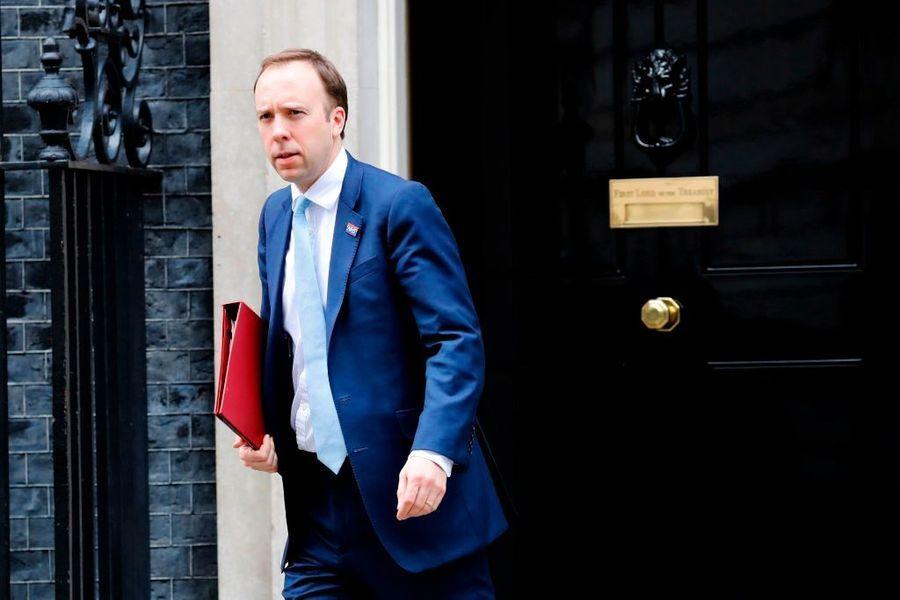 英國首相患中共肺炎後 衛生部長也確診
