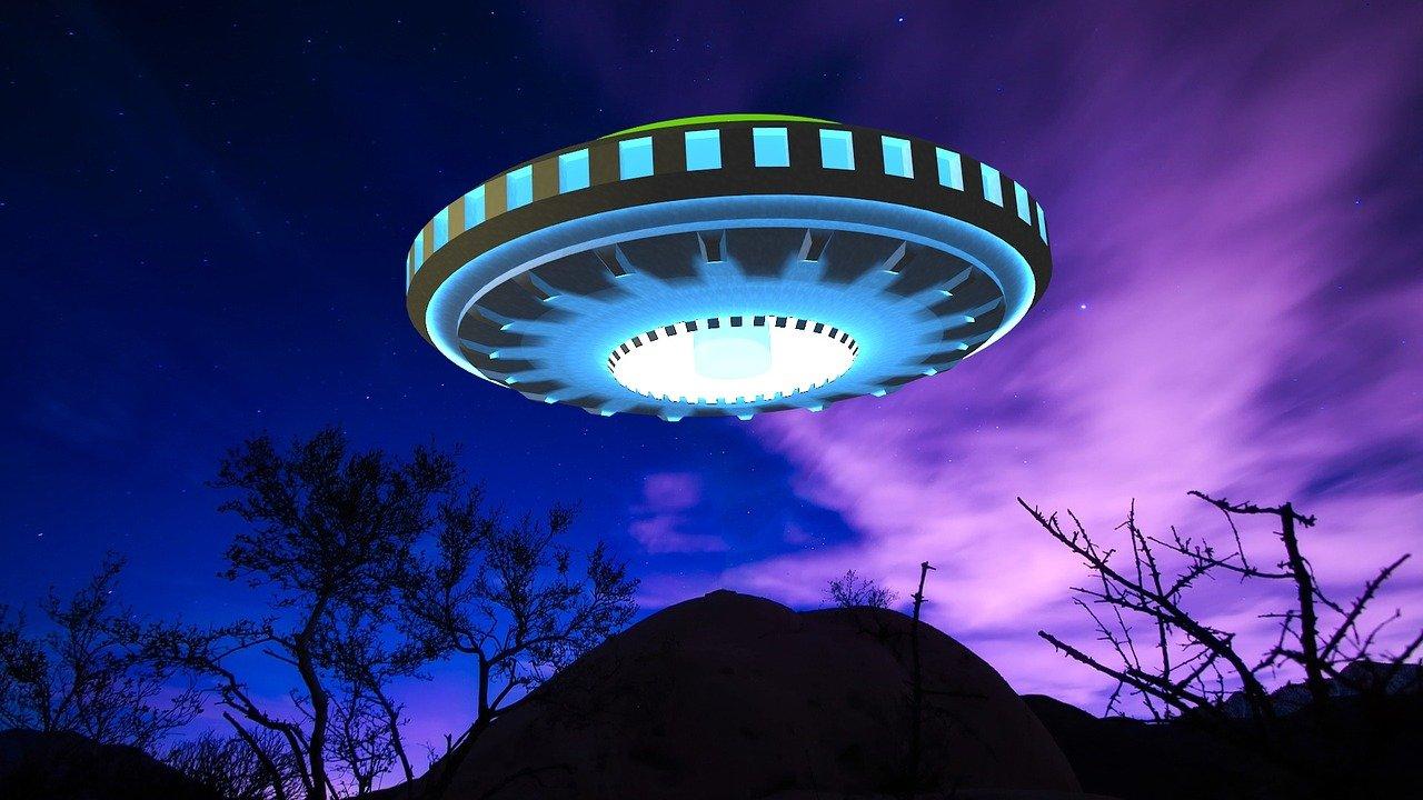 美國中央情報局(CIA)解密了大批與UFO有關的機密文件。此為UFO的示意圖。(Pixabay)