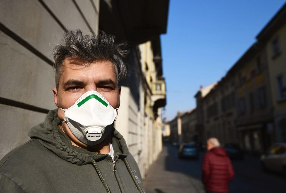 2020年2月23日,意大利確診中共肺炎病例已過百。(Miguel MEDINA/AFP)