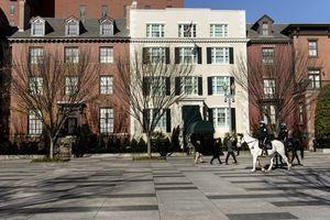 拜登接受白宮提議 就職前夜入住貝理雅宮