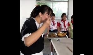 吃光學生剩飯惹議 陸女副校長承認事先安排的