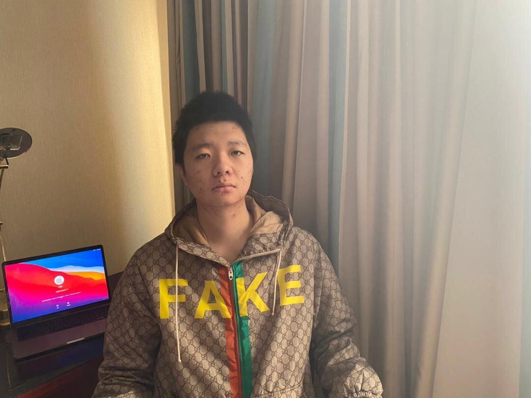 因言獲罪,王靖渝發表了對中印邊境衝突的言論後,本人遭到中共跨境追緝,國內父母被抓,引起海內外的關注。(照片由本人提供)