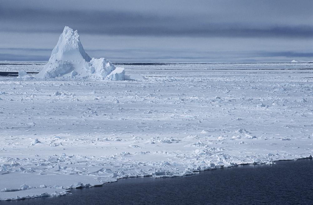 位於南極西部威德爾海的菲爾希納龍尼冰架。(Shutterstock)
