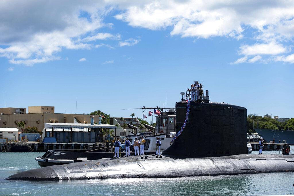 2021年9月13日,維珍尼亞級核動力攻擊潛艇「伊利諾伊號」(SSN 786)結束在第七艦隊的部署,返回珍珠港-希卡姆(Base Pearl Harbor-Hickam)聯合基地。(Mass Communication Specialist 1st Class Michael B. Zingaro/U.S. Navy)