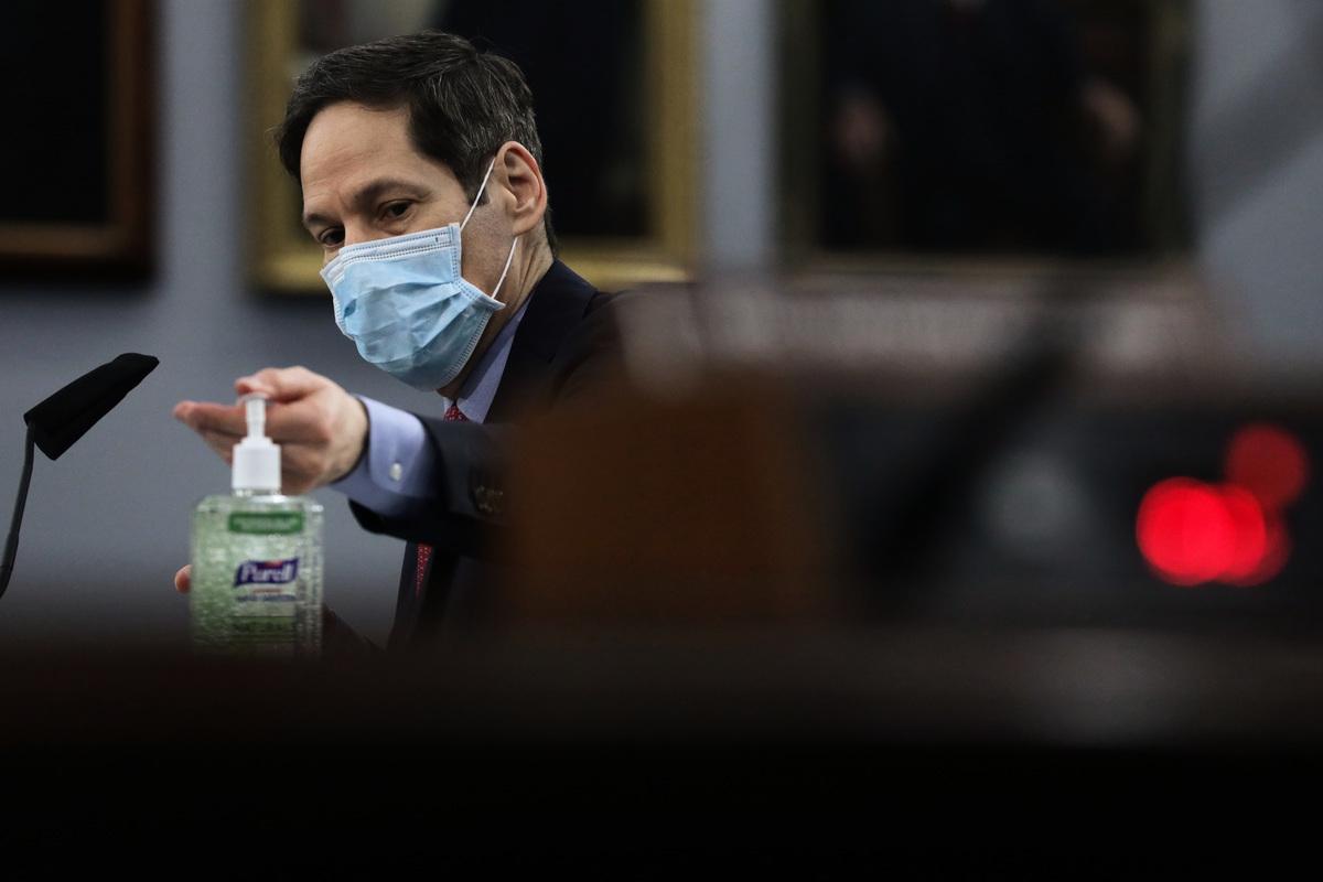圖為美CDC前主任、紐約市衛生局前局長費和平(Tom Frieden)。(Alex Wong/Getty Images)
