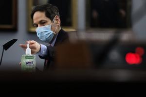 美CDC前主任:對於染疫倖存者來說 戰鬥遠未結束
