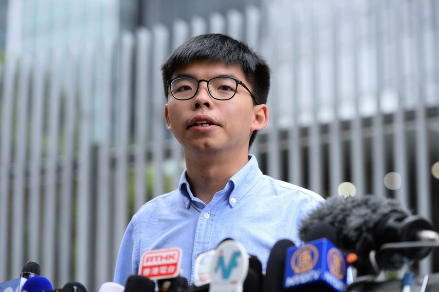 民主派區選大勝 黃之鋒:從地區開始奪回香港