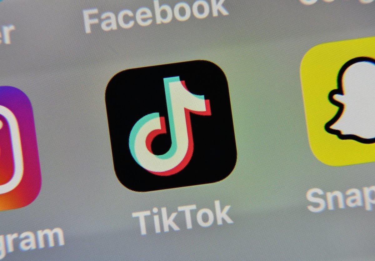 美國共和黨聯邦參議員喬什‧霍利(Josh Hawley)所提一項關於禁用TikTok的議案,可望於下周進行表決。(DENIS CHARLET/AFP via Getty Images)