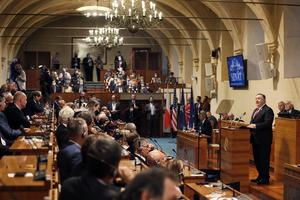 蓬佩奧解釋為何美退出世衛和聯合國人權理事會