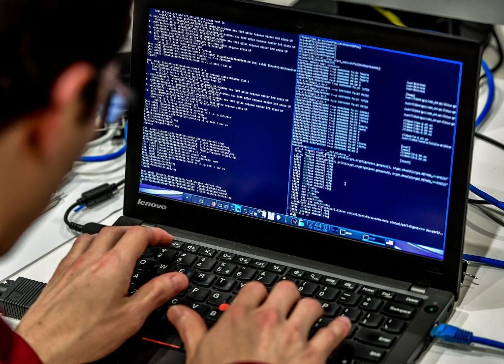 新州政府最近幾個月遭遇了一系列網絡攻擊事件,攻擊程度令安全機構震驚。澳洲智囊及網絡安全專家分析了該事件背後的黑手,大概率是中共。 (PHILIPPE HUGUEN/AFP via Getty Images)
