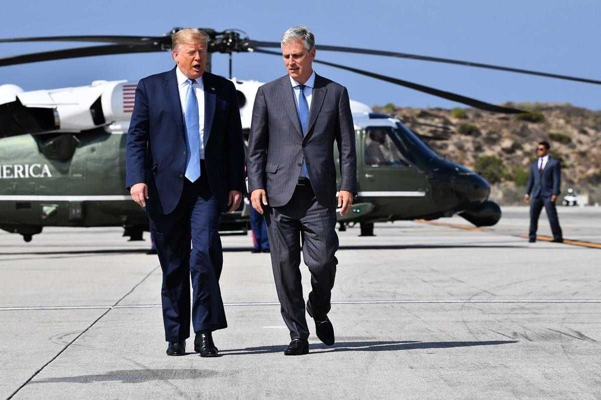 特朗普總統和白宮國家安全顧問羅伯特·奧布萊恩(Robert C. O'Brien)。(NICHOLAS KAMM/AFP via Getty Images)
