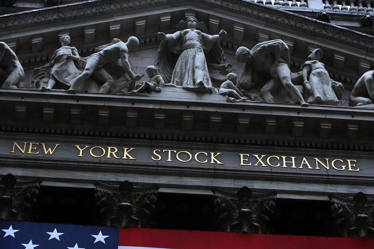 紐約證券交易所的正面。(Spencer Platt/Getty Images)