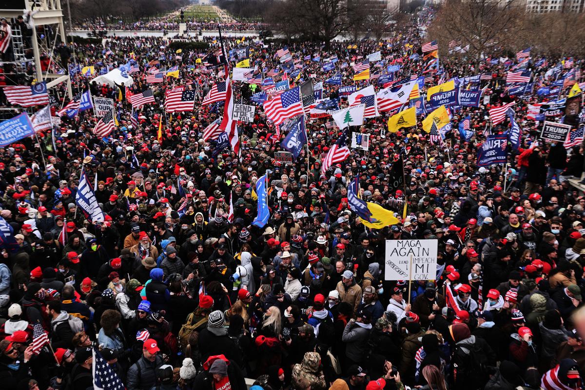 2021年1月6日,美國華盛頓特區,群眾舉行集會,呼籲「停止竊選」(Stop the Steal)。(Spencer Platt/Getty Images)