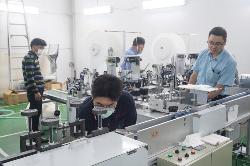 台灣口罩機出口訂單排到8月之後