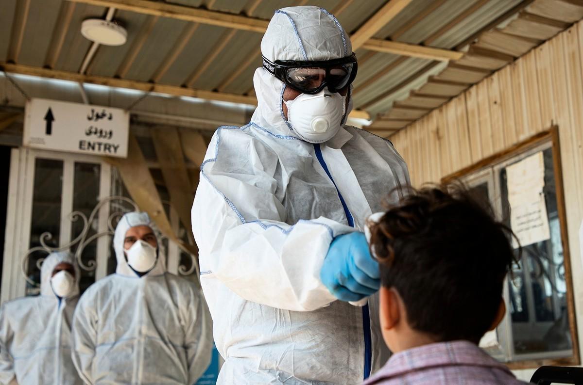 中共肺炎疫情在伊朗迅速升溫,在出現首例確診後僅四、五天的時間,截至2020年2月23日,已有43人確診,8人死亡。(HUSSEIN FALEH/AFP)