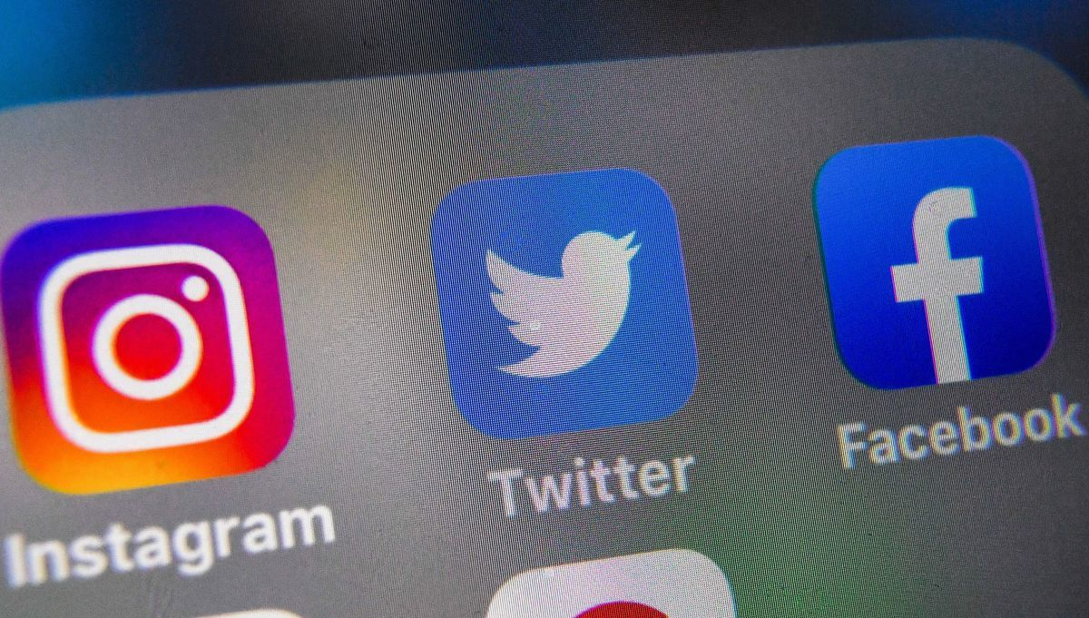 推特(Twitter)10月30日解鎖《紐約郵報》的主帳號,結束了長達兩周的對峙。(DENIS CHARLET/Getty Image)