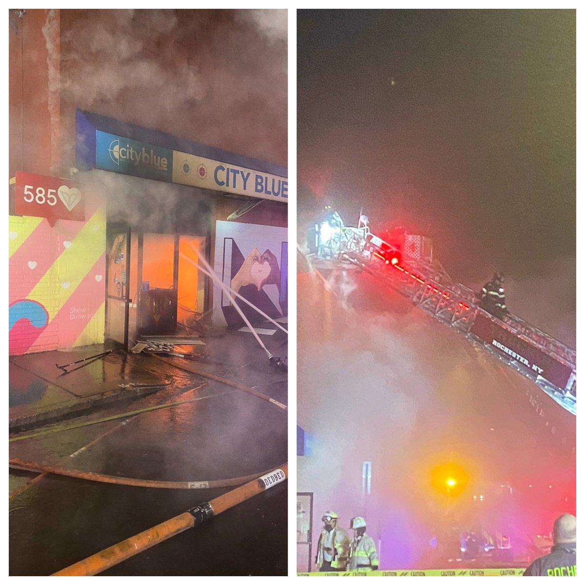 12月24日平安夜午夜,位於紐約上州羅切斯特市的一個印刷廠大火,把所有東西燒成灰燼,甚麼都沒有剩下。(羅切斯特消防局)