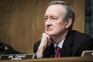 美十六名參議員要求紓困國家披露欠中共債務