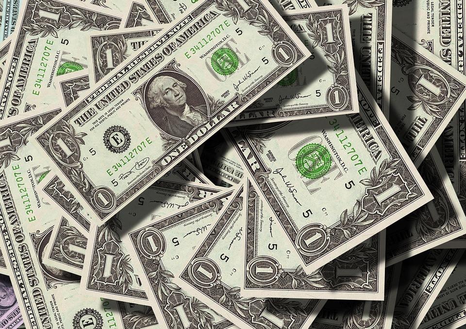 美元受到青睞,因為中共病毒為金融市場帶來的恐慌促使人們持有避險貨幣,推動美元升值。(Pixabay)